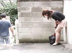 مرد سکس پارتی خشن گرفتار دختر, و خوشحال به او دمار از روزگارمان درآورد