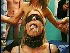 دختر درگیر استمناء در چت خصوصی سکس پارتی در استخر